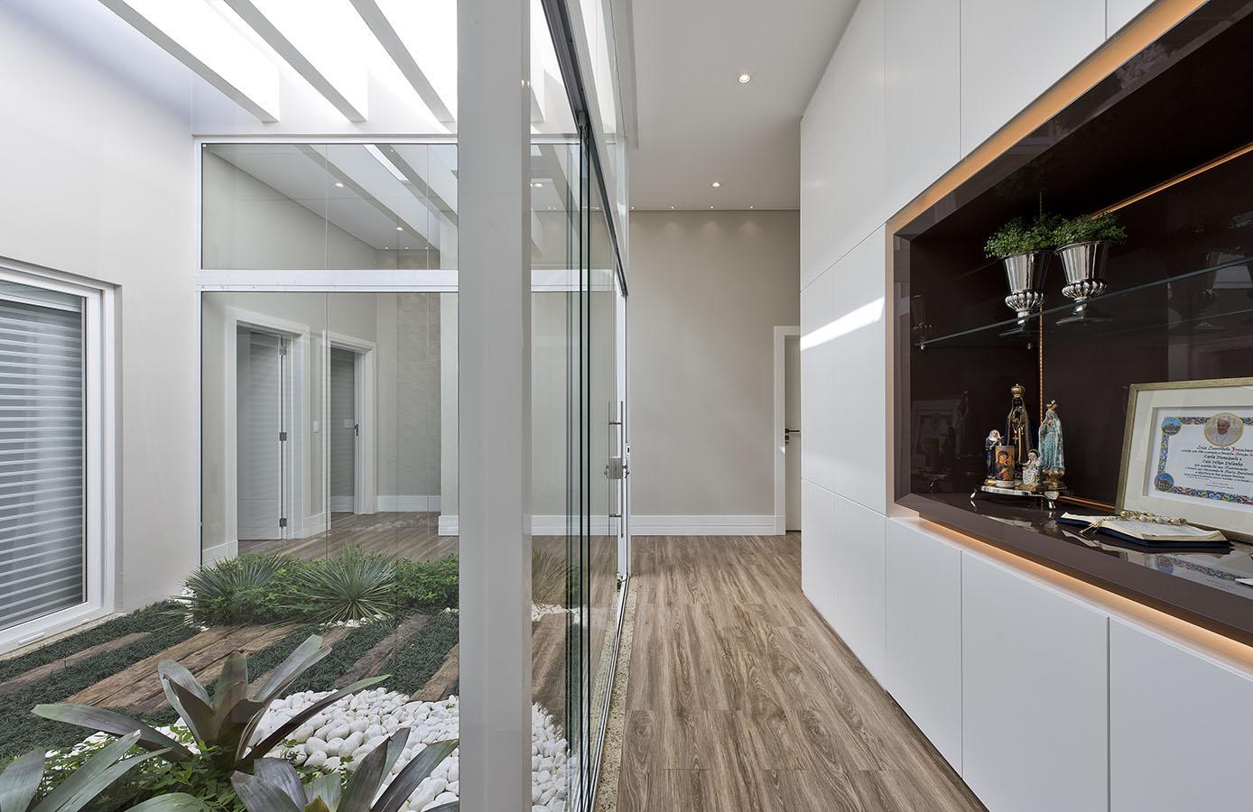 Arquiteto_Curitiba_Arquiteta_AlessandraGandolfi_Residência_LFP_Interiores_2