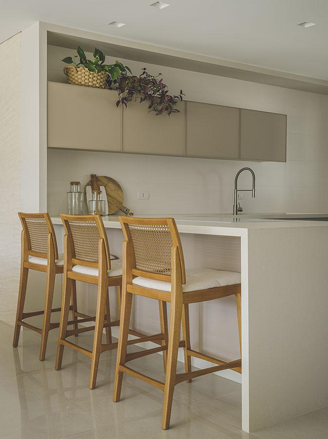 Arquiteto_Curitiba_Arquiteta_AlessandraGandolfi_Apartamento_RR_Interiores_3v